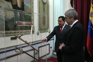 Policías españoles reabren en Colombia la investigación sobre el nexo ETA-FARC